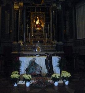 Cappella del Rosario con dipinti dei Carracci e Guido Reni, installazione del presepio