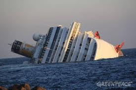 La nave di crociera si inabbissa