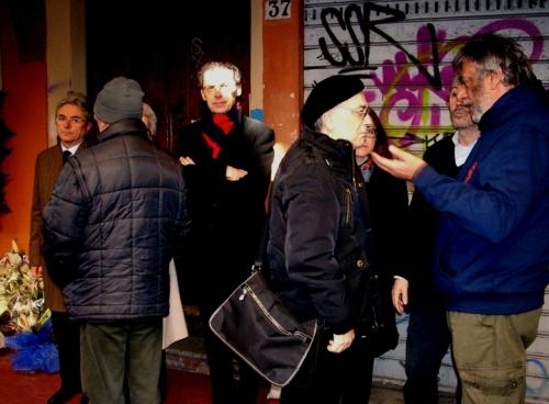 Ci salutano due amici, maurizio Cevenini, Cev e Stefano Tassinari, qua ripresi accanto alla lapide dell'indimenticato Francesco Lorusso